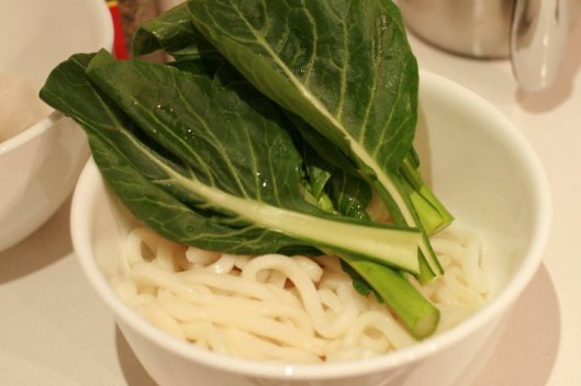 Udon noodles and the vegetable of your choice